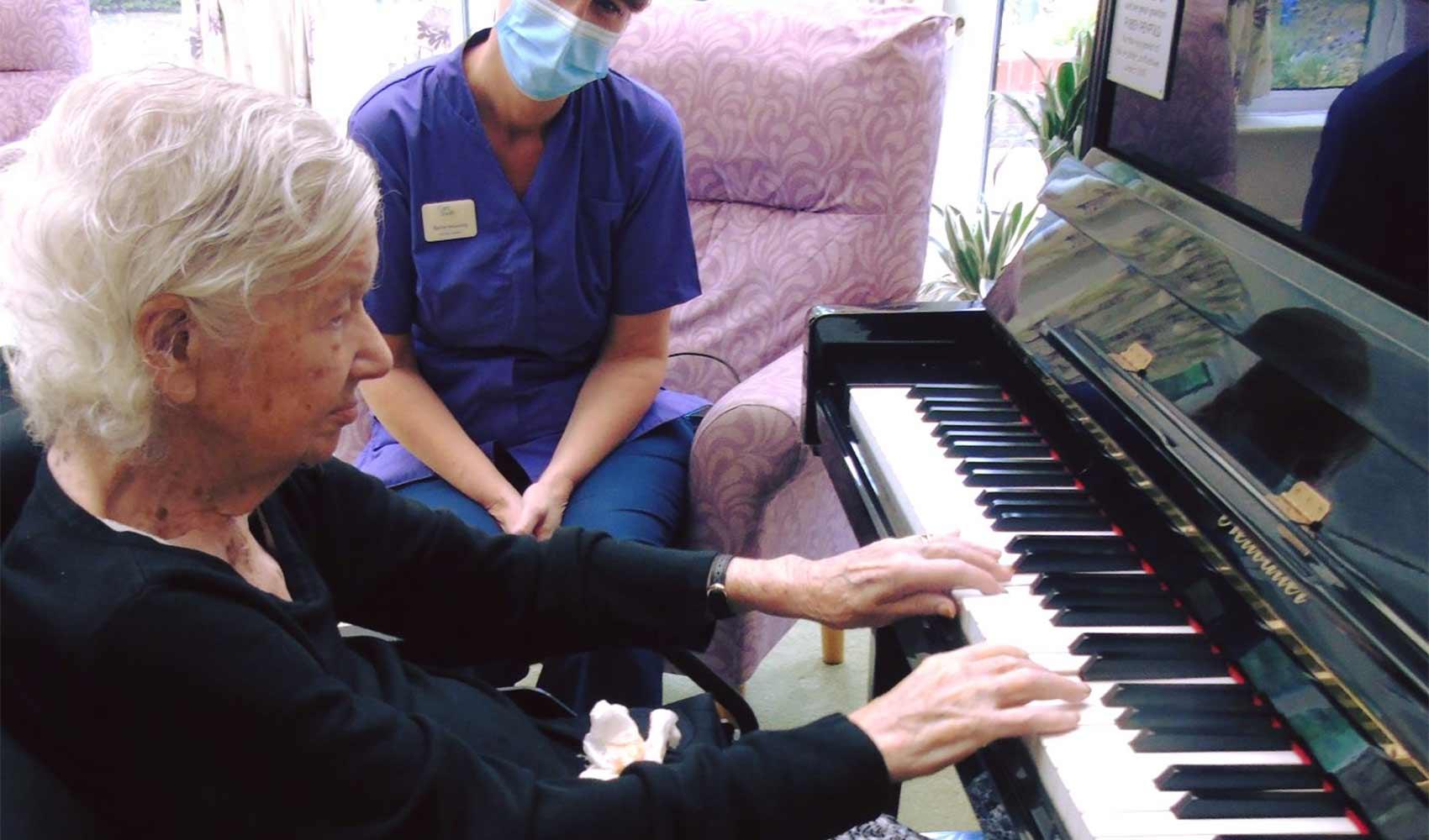 Piano playing memories at Fairlawn