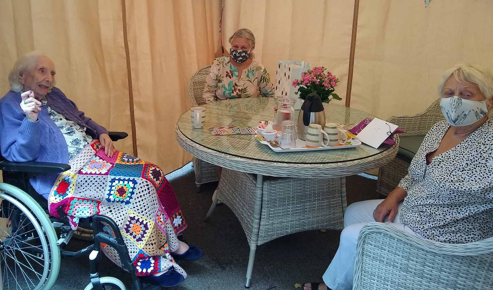 Sheila joined by family to celebrate 101st birthday at Fern Brook Lodge care home